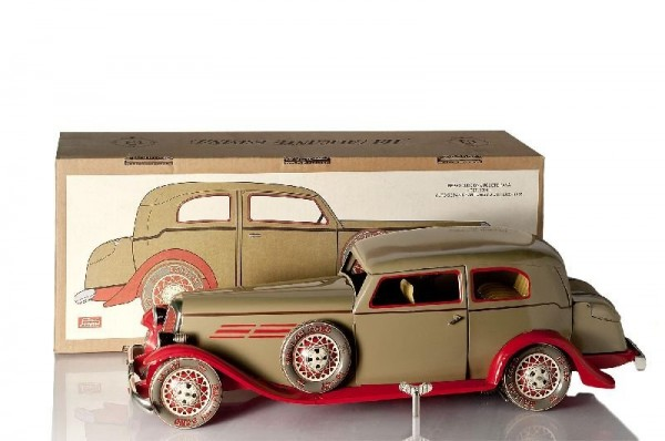 Paya Limousine mit Beleuchtung und Karton Ansicht links