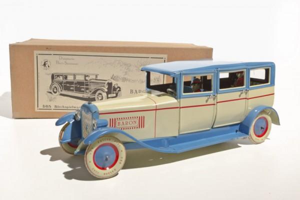 DBS Limousine und Karton Ansicht links