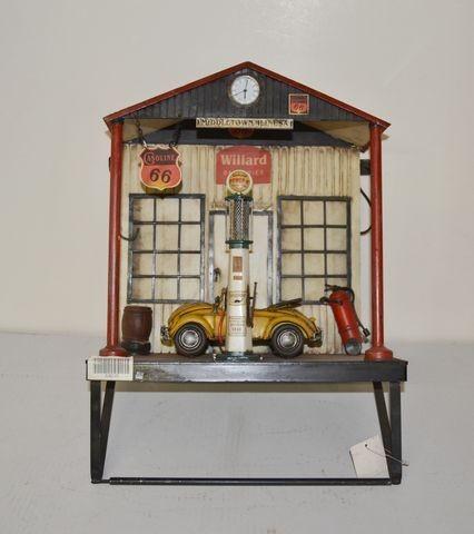 Diorama Wandaufhängung VW-Käfer - Werkstatt mit Uhr komplett aus Blech und Holz - Unikat