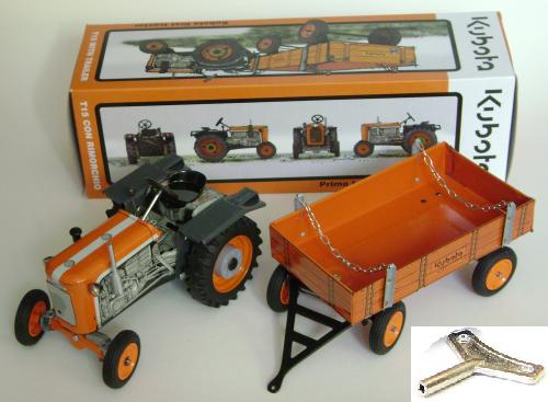 KOVAP Kubota Traktor T15 Vollansicht mit Karton