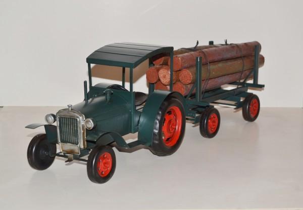 Hanomag R40 mit Anhänger und Holzladung Ansicht links