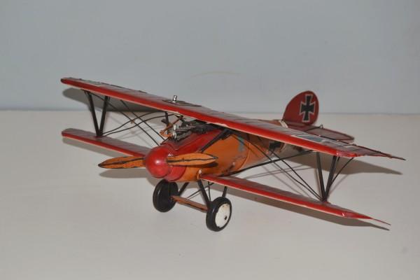 """Jagdflugzeug """"Roter"""" Albatros D.V Ansicht links"""