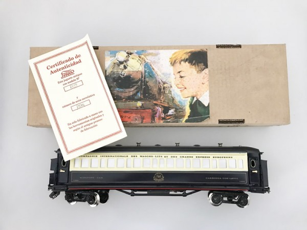 Paya Orient Express Schlafwagen Ansicht mit Karton