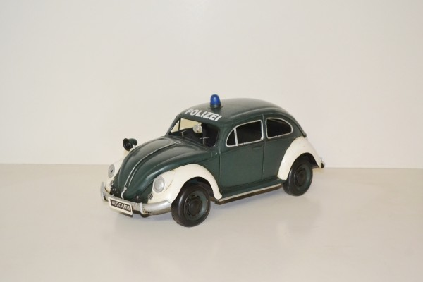 VW-Käfer Polizeiauto Ansicht links