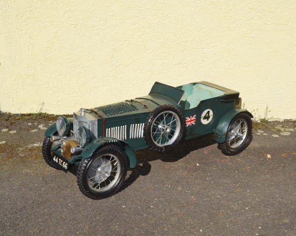 Bentley Blower Großmodell Ansicht links