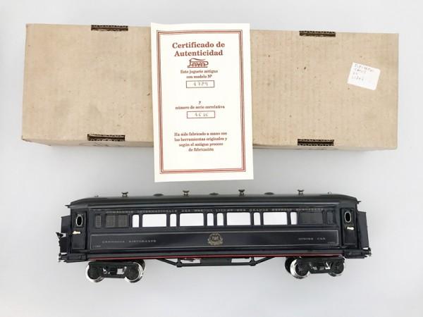 Paya Orient Express Speisewagen Ansicht mit Karton