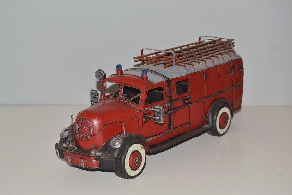 37686_Blechmodell_Feuerwehr_-40x16x17cm-1bn0vE2oln2Tow