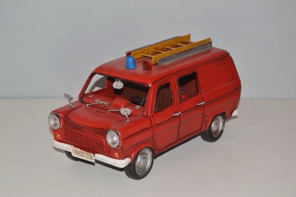 Ford Transit 130 Feuerwehr Ansicht links
