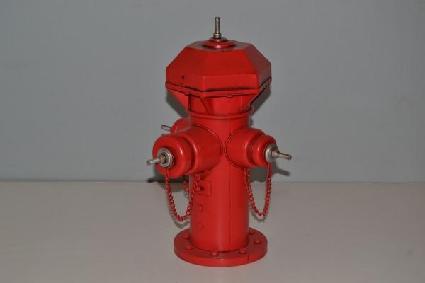 Überflurhydrant Feuerwehr Ansicht links